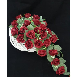 Kompozycja z czerwonych róż